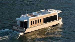 Luxury Yacht Floor Plans by Crossover Yachts Luxury Houseboat Cruising Trimaran
