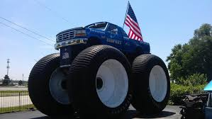 bigfoot monster truck show why is that gravedigger thing the only monster truck that anyone