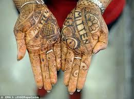 fda warns about hidden dangers of u0027temporary u0027 henna tattoos that