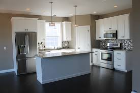 Large Floor L 5322 White Kitchen With Large Center Island Kitchen Layout L