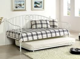 Wood Daybed With Pop Up Trundle Bed Noticeable Daybed Trundle Bed Plans Graceful Daybed With Pop