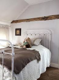 Bedrooms With Metal Beds Vintage Iron Beds