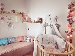 idee deco chambre bébé explications pour aménager sa décoration chambre fille bébé