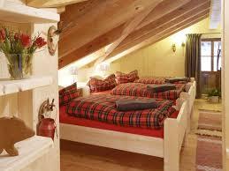 Schlafzimmer Dachgeschoss Farben Haus Renovierung Mit Modernem Innenarchitektur Schlafzimmer