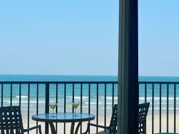 large 1br 1ba direct oceanfront condo in beautiful daytona beach
