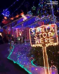christmas light blackout caps grinch melbourne policewoman shuts down christmas lights daily