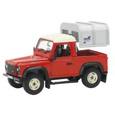 red land rover defender 42732 britains 1 32 land rover defender 90 u0026 canopy red the farm