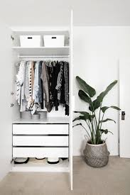 Clothes Storage Solutions by Best 25 Small Bedroom Storage Ideas On Pinterest Bedroom