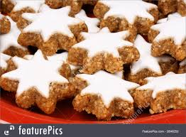 picture of cinnamon star cookies zimtsterne