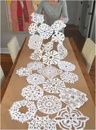 make christmas table runner 33 free patterns for making a christmas table runner guide patterns