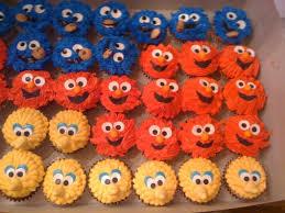 sesame cupcakes more sesame cupcakes this time with big bird