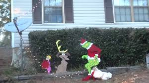 grinch stealing christmas lights the grinch is stealing our lights