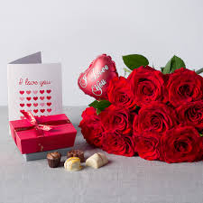i love you flower gift love flower gifts bunches co uk
