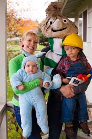 Family Halloween Costume With Baby by Diy Bob The Builder Halloween Costume For The Whole Family