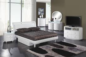 Glossy White Bedroom Furniture Glossy White Bedroom Furniture