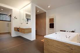 schlafzimmer mit bad gemütliche innenarchitektur badezimmer am schlafzimmer