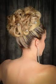 chignon mariage coiffure de mariage chignon haut élégant à marseille salon de