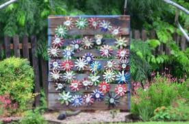 Garden Pallet Ideas Pallet Idea For Garden With Skid Wooden Pallet Furniture