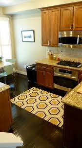 Yellow Kitchen Floor Mats by Traditional Kitchen With Yellow Honeycombs Kitchen Rug And Brown