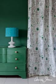different shades of green paint 28 best amsterdam green chalk paint by annie sloan images on
