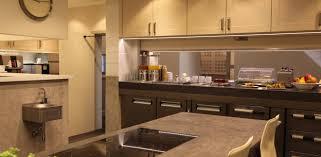 enduit decoratif cuisine enduit décoratif naturel claystone dans cette moderne cuisine