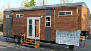 tiny house on wheels modern luxury spacious family room small tiny house on wheels modern luxury spacious family room small home design ideas