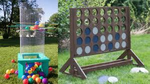 Diy Backyard Games by 10 Giant Yard Games You Can Diy From Yahtzee To Kerplunk