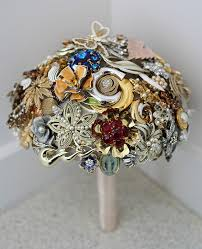 brooch bouquet tutorial wedding bouquets with brooches top tips on a brooch
