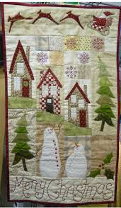 christmas wall hanging scrappy christmas inspirational sewing