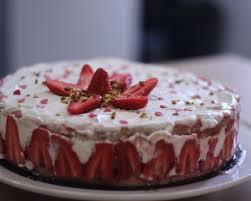 fraisier hervé cuisine recettes de fraisier faciles rapides minceur pas cher sur cuisineaz
