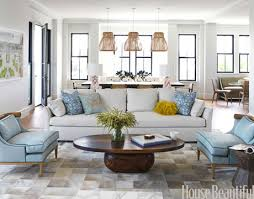 Quick Living Room Decor 6 Quick Decorating Changes Oval Coffee Tables Open Floor And Coffee