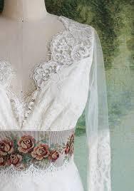 sle wedding dresses 60 best sample sale wedding dresses images on bridal