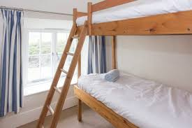 Pilot Cottages From Harbour Holidays - Harbour bunk bed