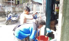 Minyak Tanah Per Liter warga kota sorong keluhkan lonjakan harga minyak tanah arfaknews