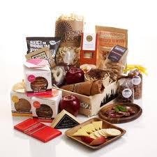 gift baskets nyc category new york themed gift baskets page 1 holbrook cottage