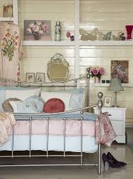 vintage style bedrooms cute ways to create a vintage style bedroom
