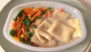 cuisiner une butternut lean cuisine butternut squash ravioli review freezer meal frenzy