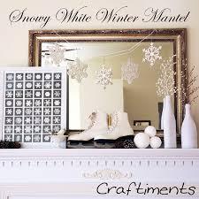 White Christmas Mantel Ideas by 18 Christmas Mantel Decorating Ideas Home Decor Tip Junkie