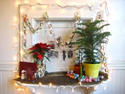 merry christmas decorating small spaces artsy craftsy