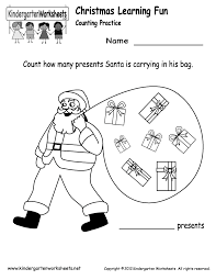 free printable holiday worksheets kindergarten santa counting