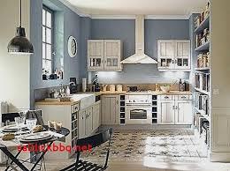 cuisine sur parquet cuisine ouverte carrelage parquet pour idees de deco de cuisine