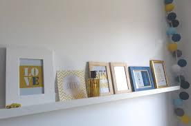 cadre photo chambre bébé etagere porte cadre photo idées de décoration capreol us
