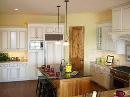 Kitchen Colors With Oak Cabinets Pictures by Up To Date Kitchen Color Schemes Ideashome Design Styling