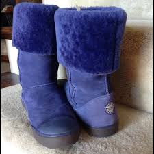 ugg delaine sale 60 ugg boots hp10 3 14 uggs purple delaine style