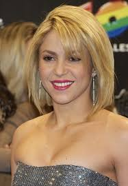 what color is shakira s hair 2015 60 hottest celebrity short haircuts for 2018 styles weekly