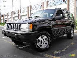 1995 jeep grand cherokee 1995 black jeep grand cherokee laredo 4x4 18234108 gtcarlot com