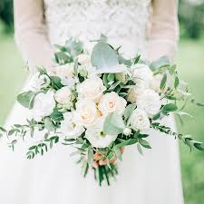 wedding flowers omaha summer wedding bouquet inspiration from omaha lace cleaners