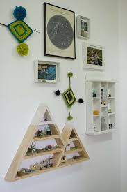 Triangle Shaped Bookcase 60 Ways To Make Diy Shelves A Part Of Your Home U0027s Décor