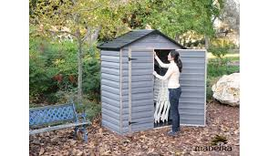 abris de jardin madeira abri de jardin en polycarbonate izy madeira 1 43 m