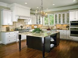 two tone kitchen cabinets are a trend in cool kitchens for